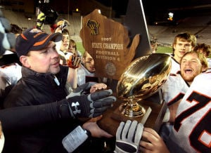 Sackett leaving West Salem classroom and football program