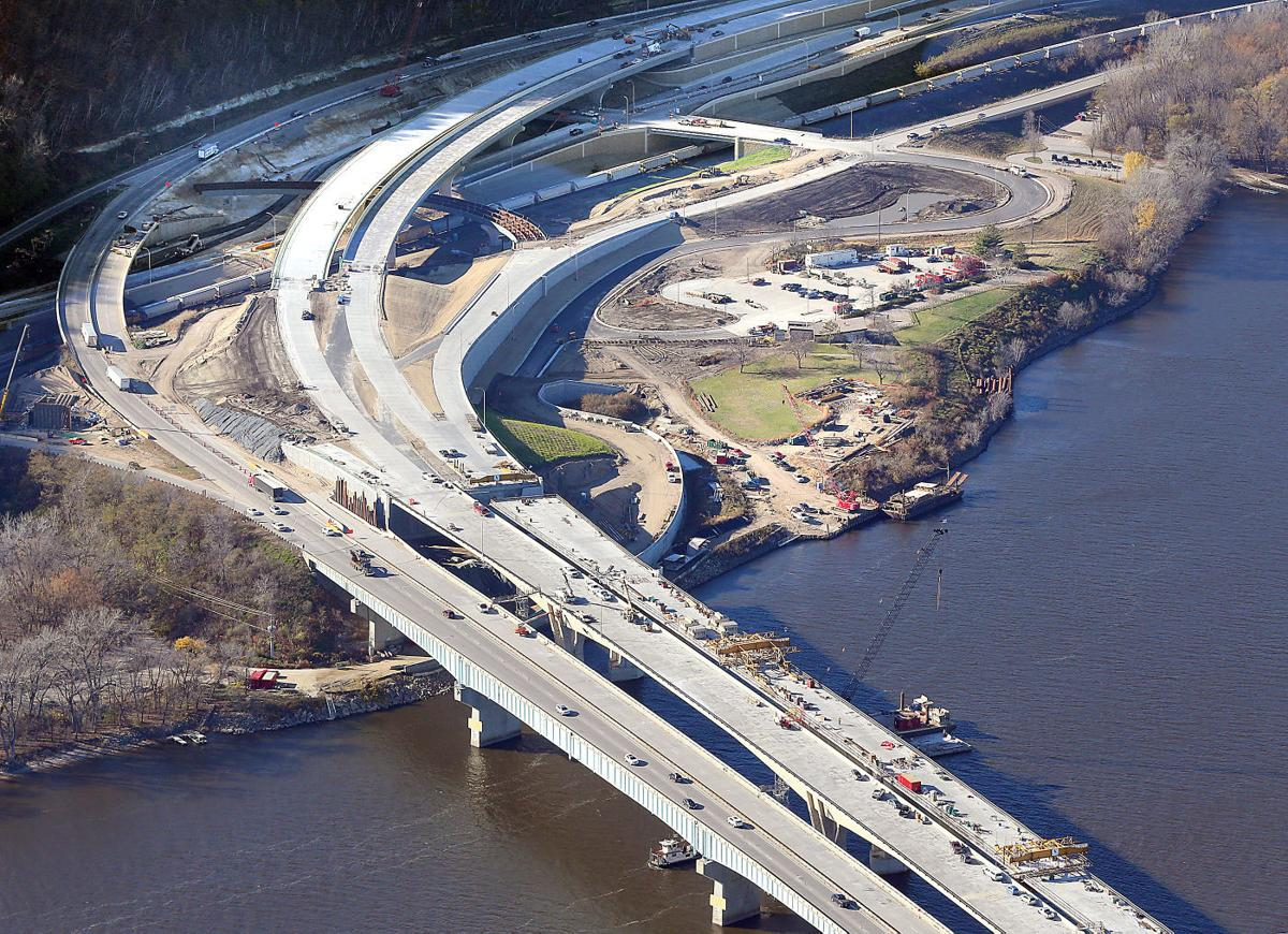 Minnesota wisconsin celebrate completion of i 90 bridge for I 90 construction