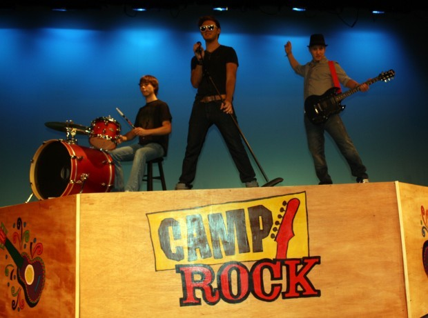 Disney Camp Rock Guitar : Production of disney s 'camp rock rolls into heider
