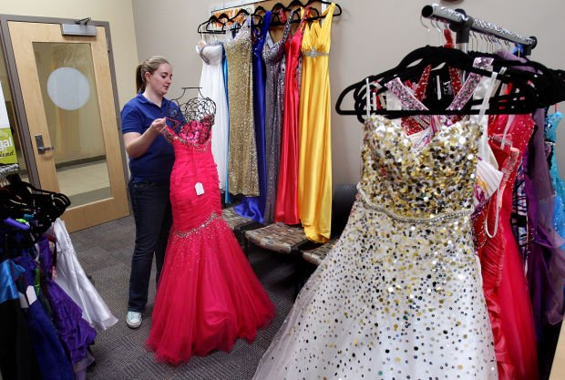 UW-L event lets students sell prom dresses  Local ...