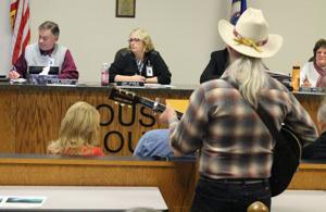 Commissioners insert language to prohibit frac sand mining