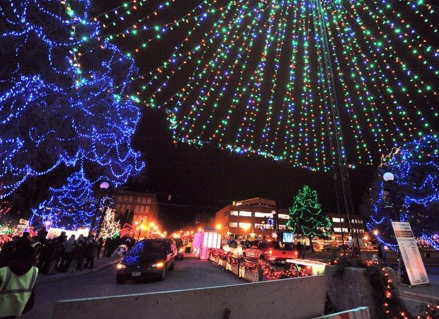 18th Annual Rotary Lights Begins In Riverside Park