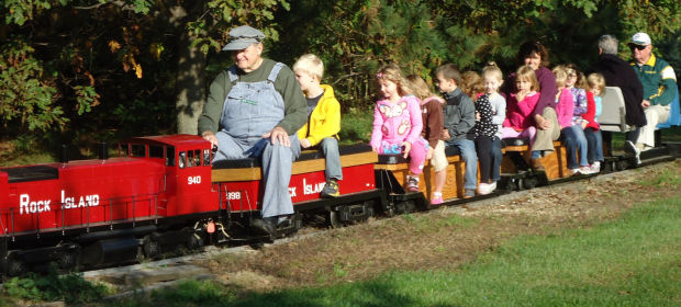 nodine man brings love of trains to backyard houston county news