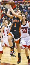 Viroqua plays steady in win over De Soto