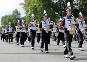 Holmen marches on toward spring school funding referendum