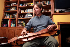 HAHS program to delve into the dulcimer