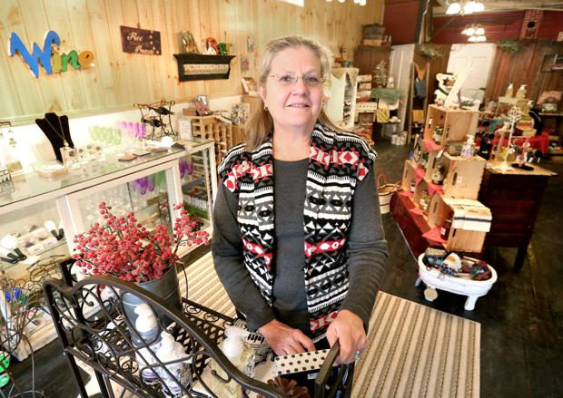 Former principal opens North Bend home decor, gift shop