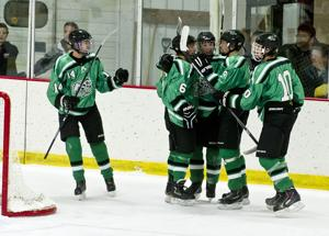 Power-play goal give La Crescent big victory