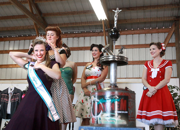 La Crosse News >> Pinups, hot rods and vintage fun: Mississippi Mayhem brings back the '50s