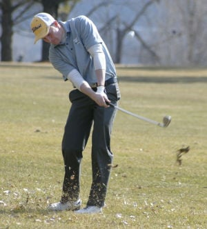 Boys golf opens with nonconference win
