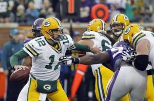 Photos: Packers 24, Vikings 21