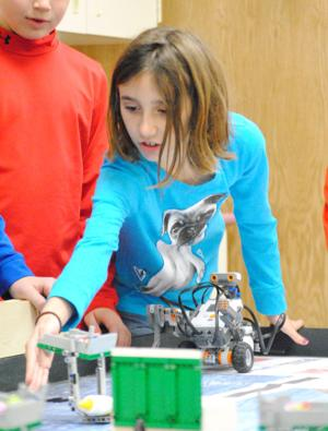 WS students get intro to robots