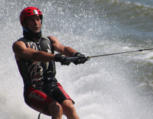 Barefoot water ski nationals draws crowds to Blue Moo