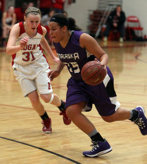 Girls basketball notebook: Stuttley makes immediate impact at Onalaska