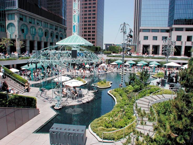Water Court Downtown Los Angeles Restaurants