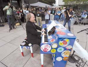 Piano Project Lets L.A. Make Beautiful Music