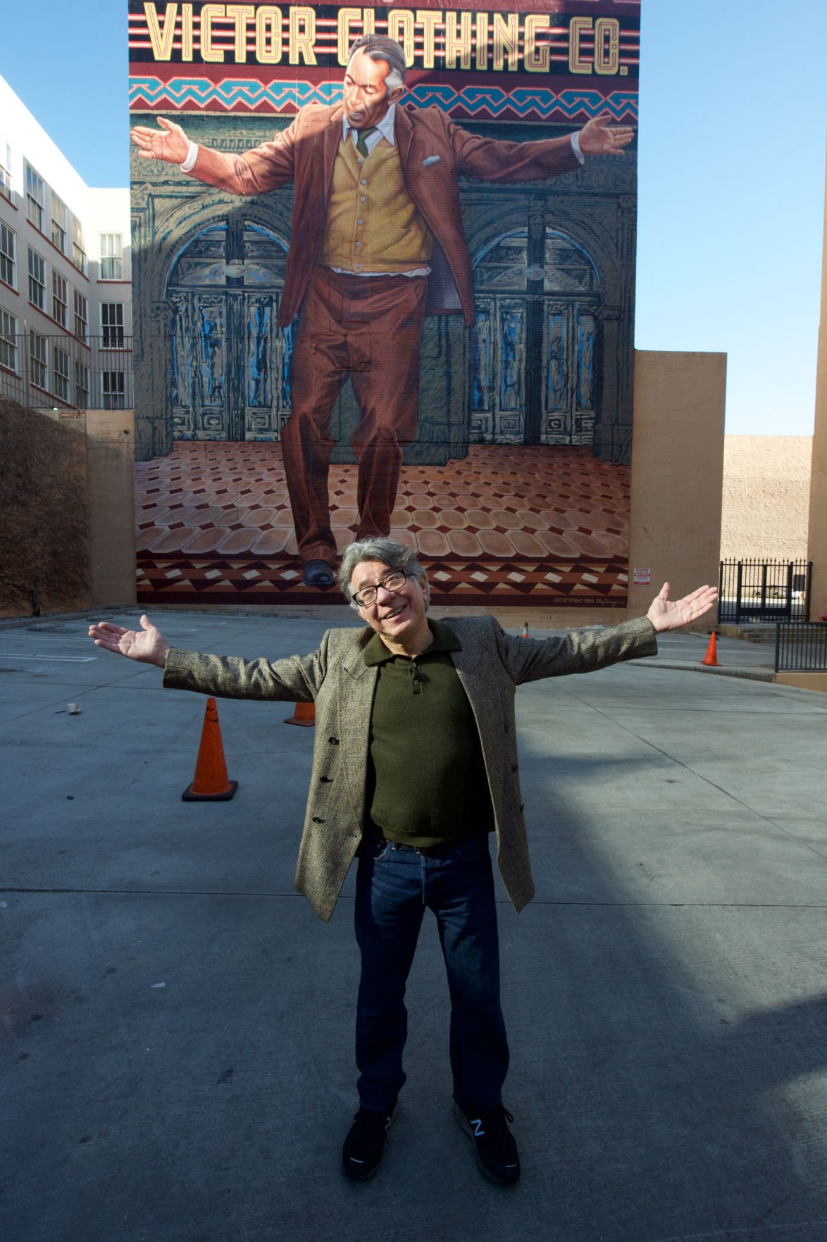 A new life for broadway 39 s 39 pope 39 news for Anthony quinn mural