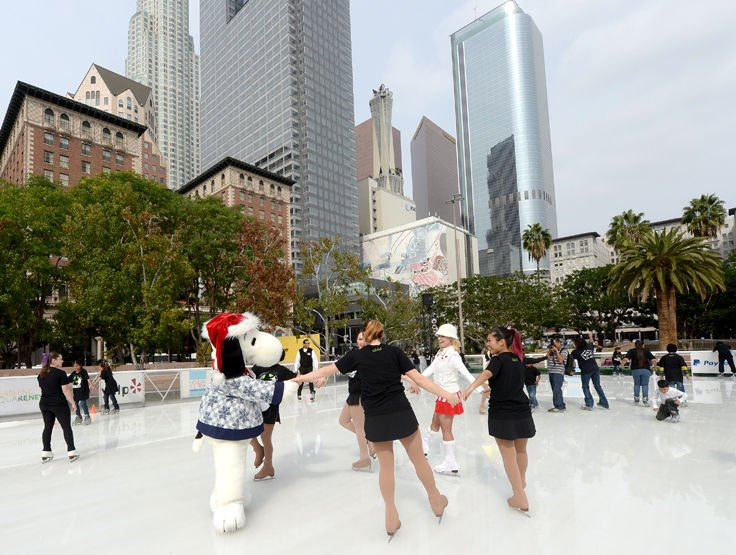 the ice rink returns to pershing square news. Black Bedroom Furniture Sets. Home Design Ideas
