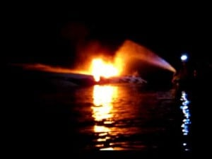 Boat Fire Lake of the Ozarks 5/24/12 32MM