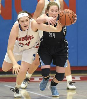 Warriors can't rebound for win against Spartans