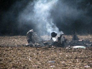 Plane crash kills one, injures another in Broken Bow - Lexington ...