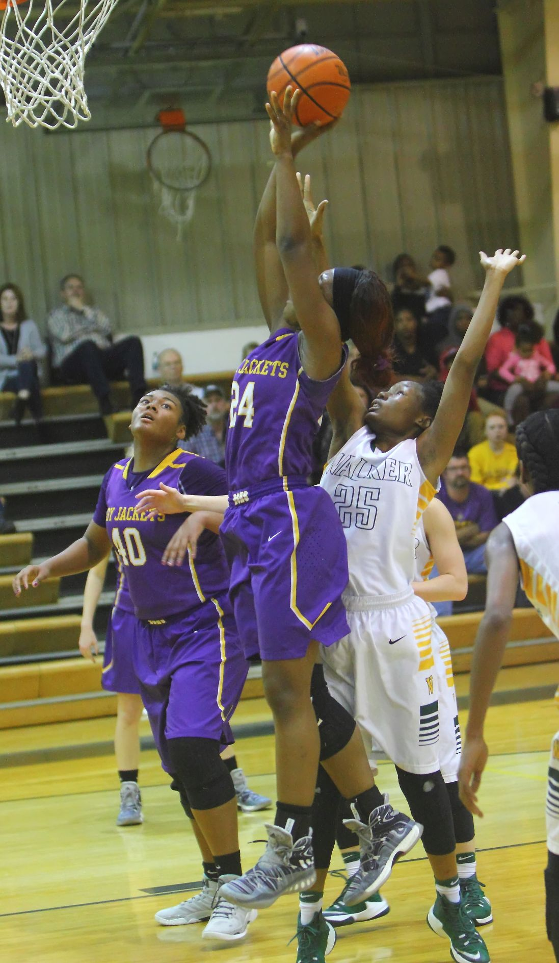 walker-dshs girls trmeeka spikes