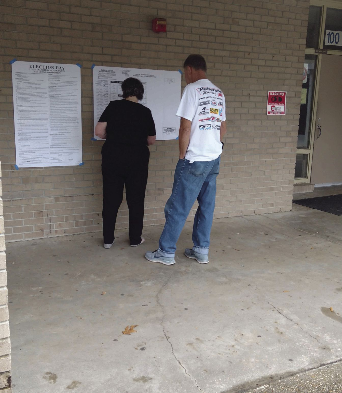 Quick voting lines please Walker voters on Election Day | News ...