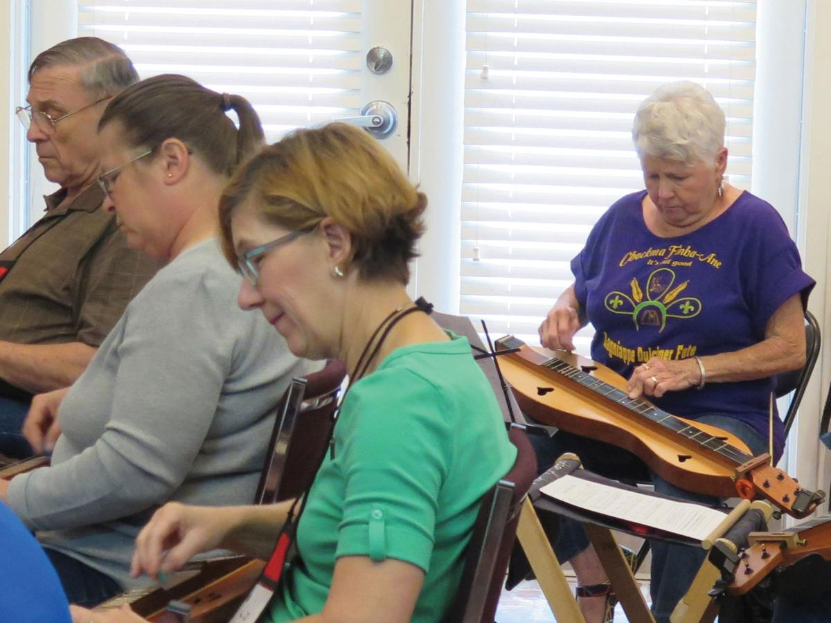 Spring 2017 Mountain Dulcimer Classes begin on April 24