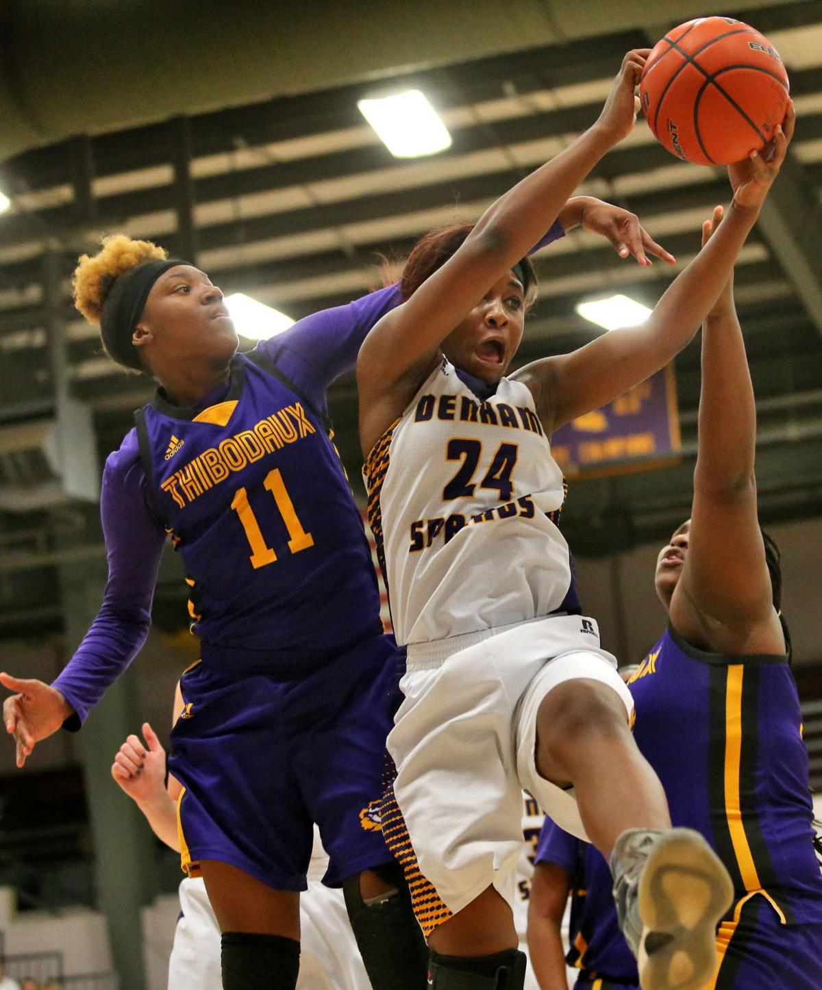 DSHS vs Thibodaux Girls Basketball