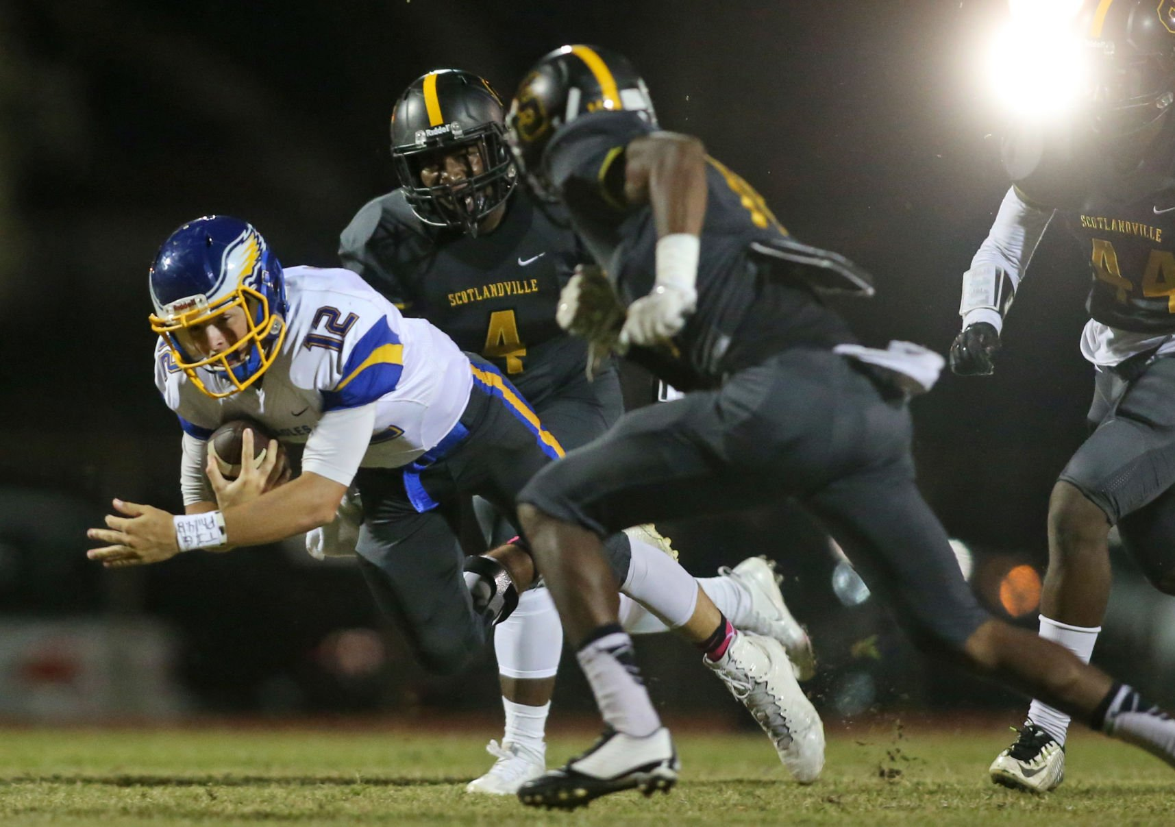 Walker at Scotlandville football | Photo gallery | Local ...