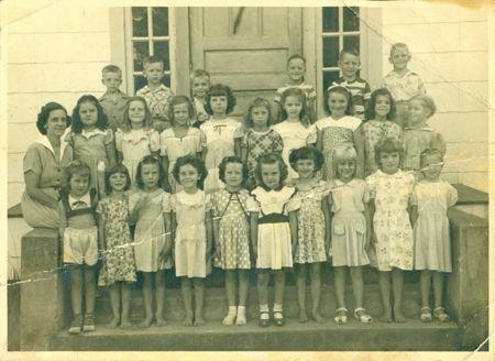 Holden School 39 S Queen Mother Living