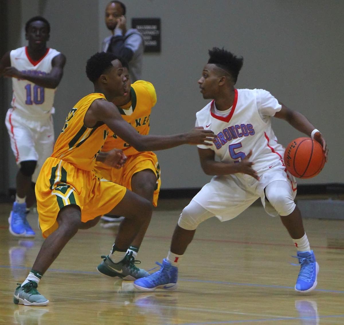 Walker-Zachary boys basketball Darius Hampton.jpg