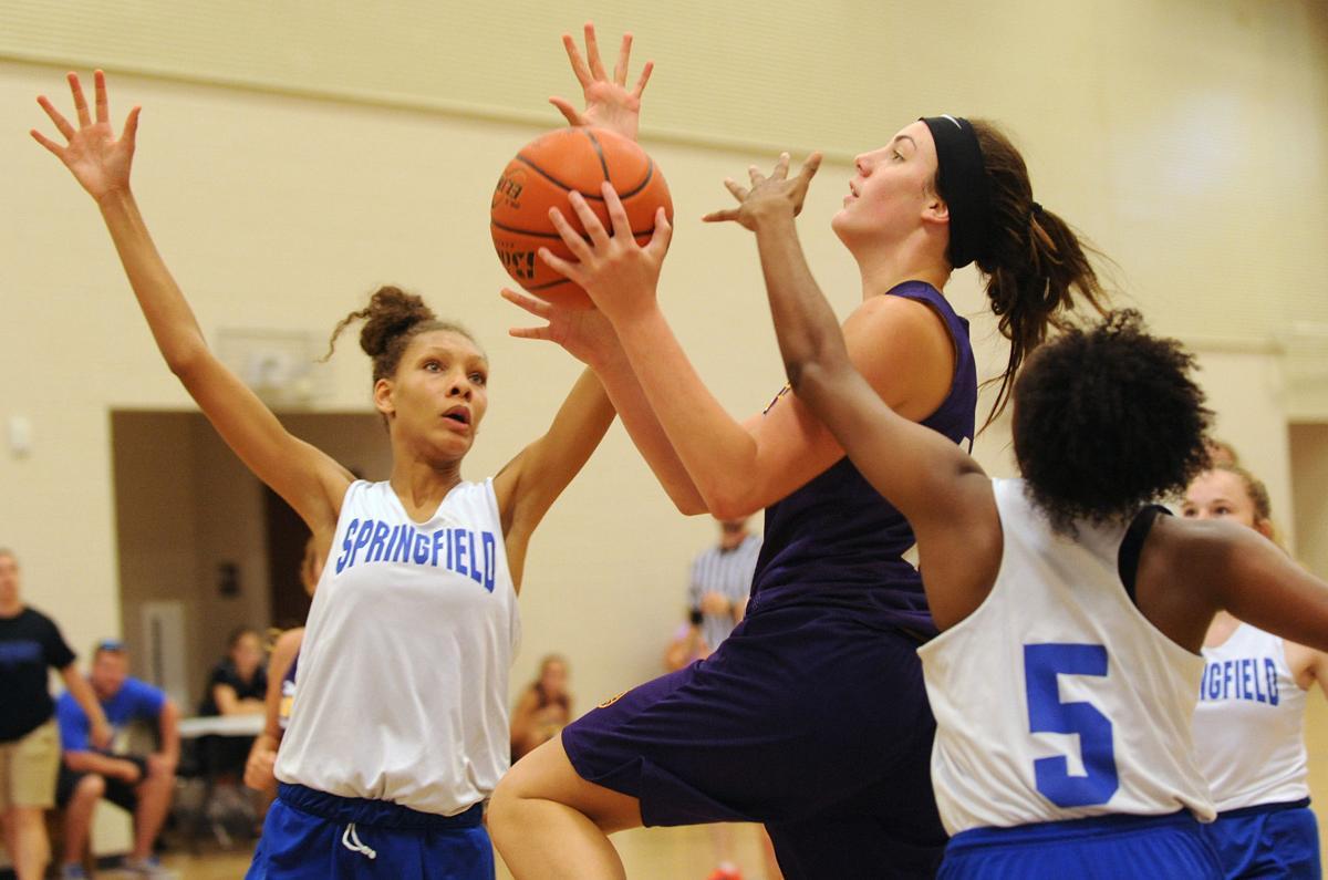 doyle girls crank up defense to ease past springfield local springfield girls basketball jalia golden kiarra westbrook doyle jessica newsom