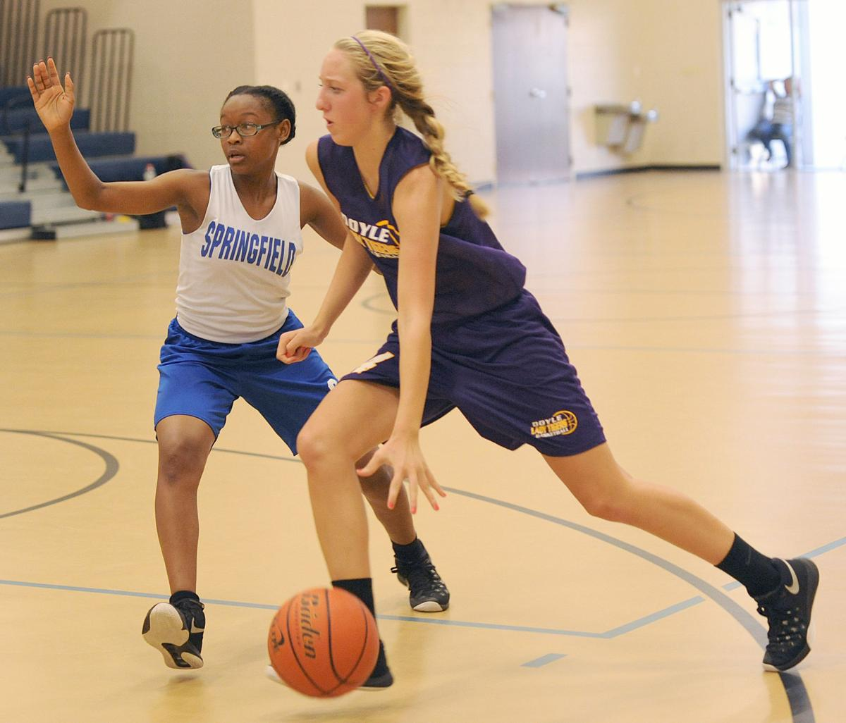 doyle girls crank up defense to ease past springfield local springfield girls basketball jessica claiborne doyle girls basketball lauren simms