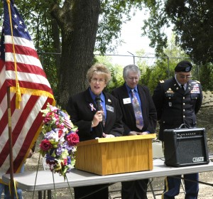 Soldier shares point of view with Lodi residents at Memorial Day service