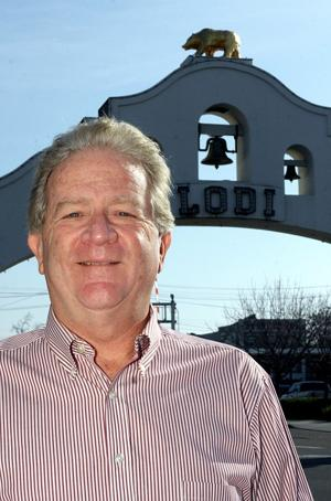 Keith Land inducted into Lodi Community Hall of Fame for community service
