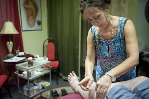 Lodi Living editor goes under the needle to test out acupuncture