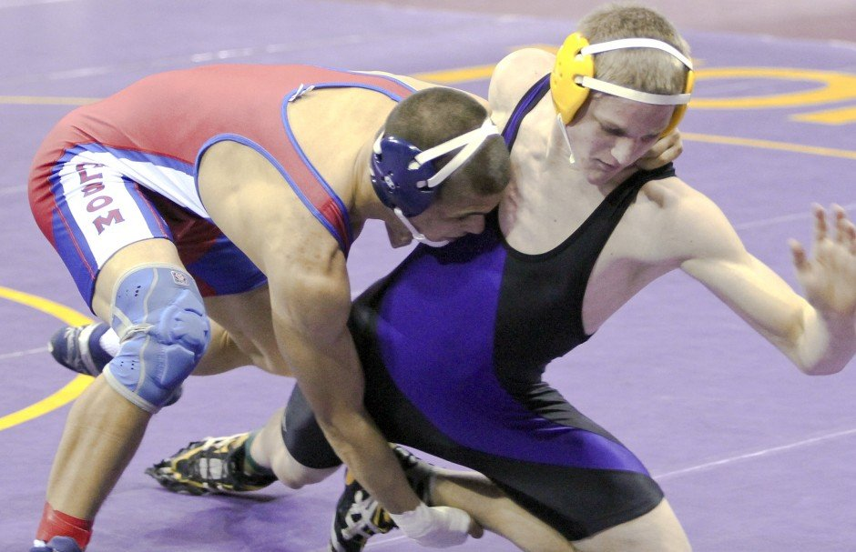 Lodi's Daniel Frazier, Jake Holley advance at Masters wrestling tournament