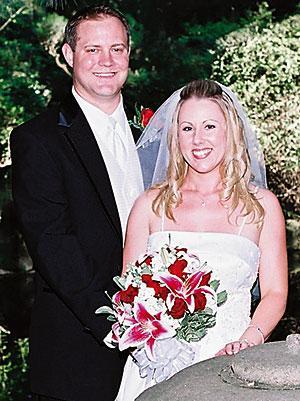 Casjens, Schmoll married at Micke Grove Park