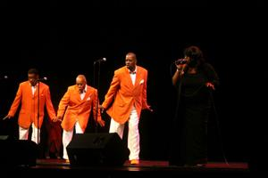 Tribute to legendary R&B artists brings back a piece of the past