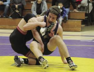 Wrestling: Tokay takes down Lincoln with ease
