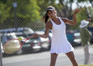 Girls tennis: Flames topple Tigers as both teams gear up for postseason