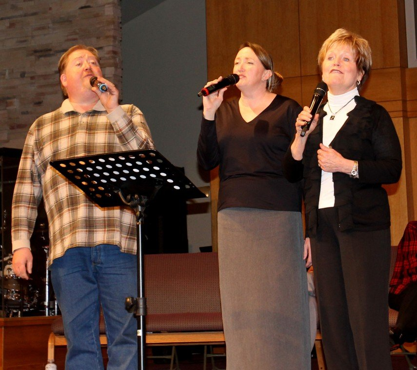 Local musicians share love of old-fashioned hymns