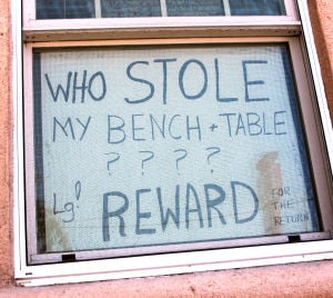 Lodi woman to thieves: Please return missing patio furniture, it was an anniversary gift