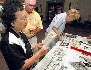 Lodi High's Class of 1943 gather, reminisce on when nation was at war
