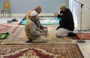 Local Muslim community gathers to condemn violence
