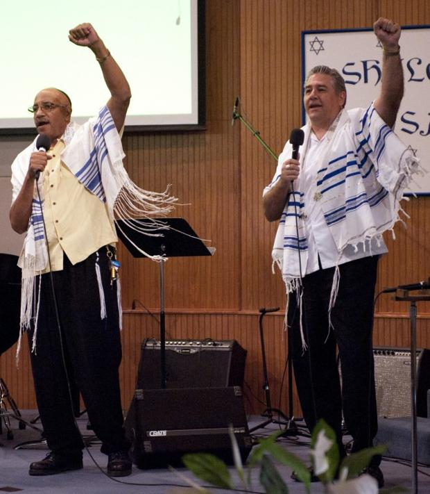 Beth Hallel Messianic Fellowship's 10th anniversary worship
