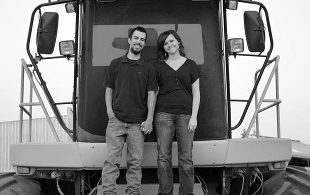Kevin Silva, Samantha Ullrich engaged at Sunset Cove Beach in Oregon