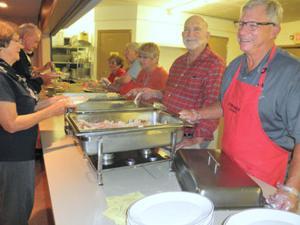Lodi Elks Lodge holds turkey dinner to honor Veterans