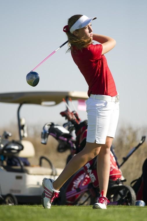 Lodi Flames girls golf team keeps moving
